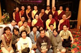 H.H. Penor Rinpoche, Karma Kuchen Rinpoche and Venerable Chodak Gyatso Rinpoche with members of Hong Kong Sangha