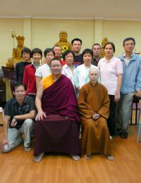 Lama Dondrup Dorje with Master Shi Chang Ming and students at Lin Yan Xue Chu in Sydney, Australia