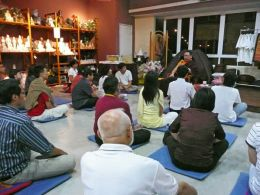 Public talk on 'How to be a Buddhist in a Modern World' at Sukhi Hotu Bookshop