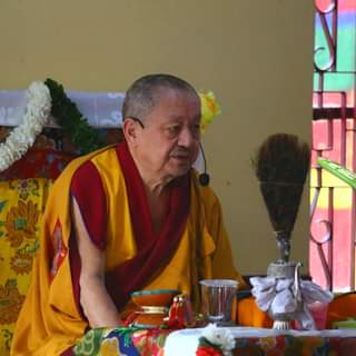 Khenchen Tsewang Gyatso Rinpoche teaching at the Ngagyur Nyingma Institute