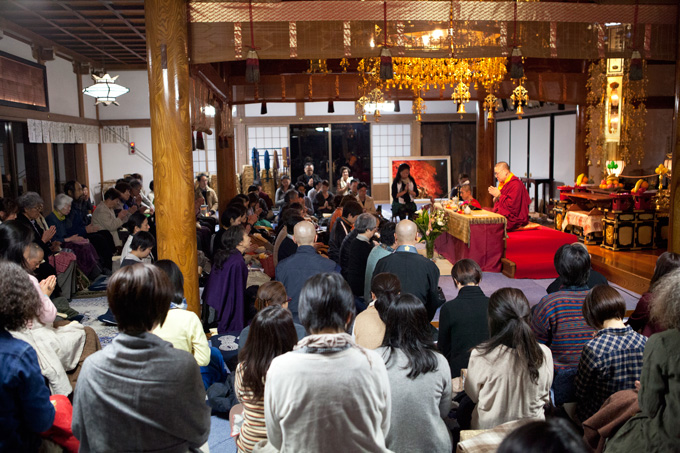 Ven. Lama Dondrup Dorje teaching in Nagano, Japan