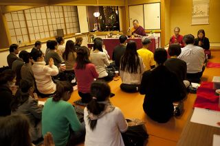 Ven. Lama Dondrup Dorje teaching at the Zenkoji in Tokyo, Japan