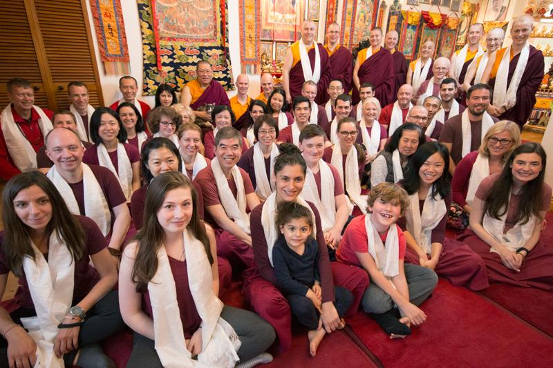 Studenti in ritiro nel Ritiro Estivo 2017 al Centro Dharma Pathgate